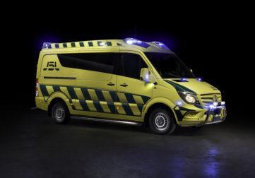 J5L-Production Mercedes-ambulanssi